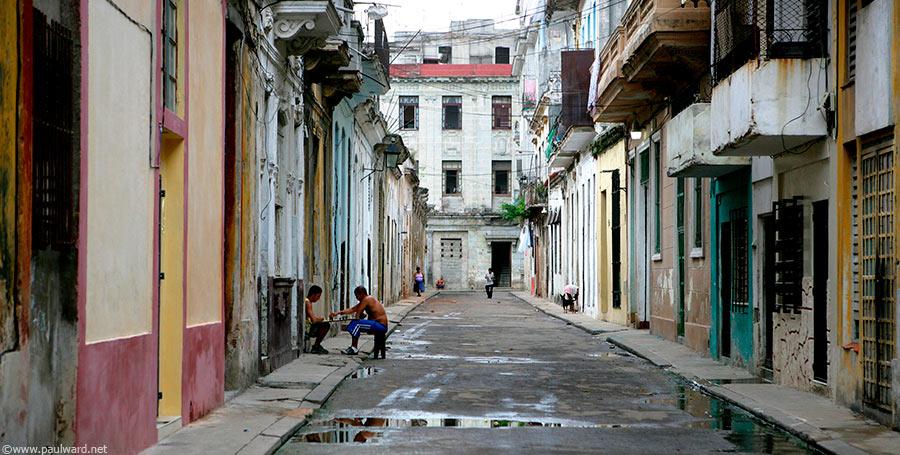 Havanna steet by Birmingham travel photographer Paul Ward