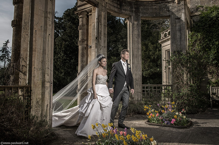 Orchardleigh estate bespoke wedding photography by Birmingham photographer Paul Ward
