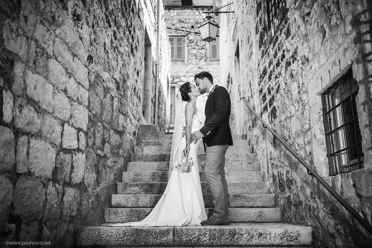 Hvar wedding kiss photography by Birmingham photographer Paul Ward