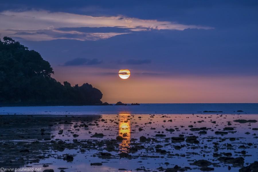 sunset thailand by Birmingham travel photograpger Paul Ward