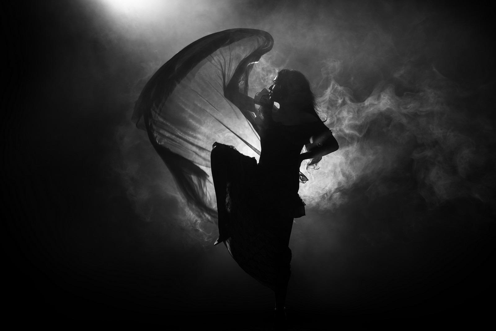 dancer by portrait photographer Paul Ward